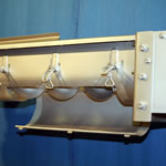 Trough screw conveyor with hinged bottom